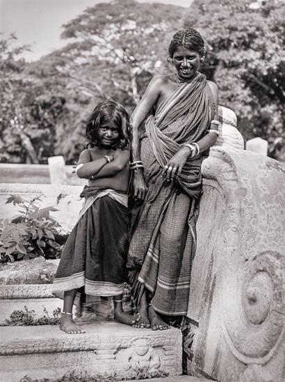 Ceylon | Tamilenfrau mit Kind